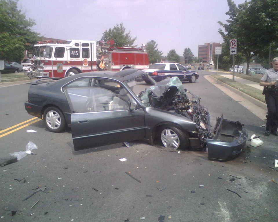 Auto Crash - Willard and Brookfield - July 28 2007 (3)