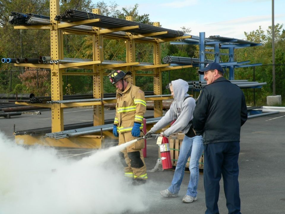 415 - Citizen Fire Extinguisher Class - Oct 24 2006 (40)