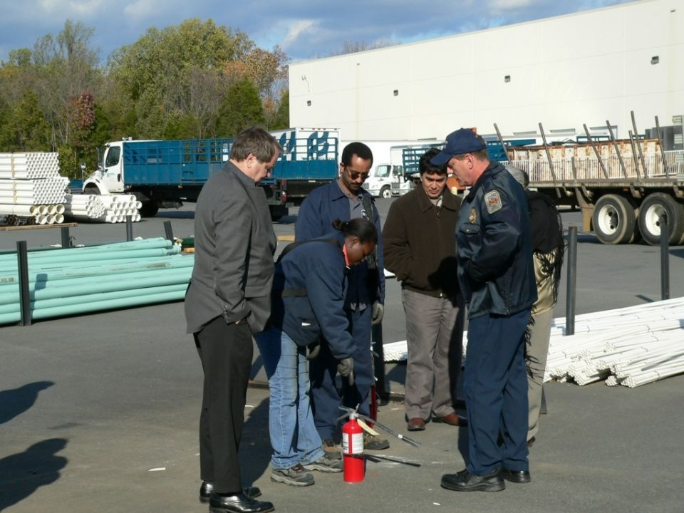 415 - Citizen Fire Extinguisher Class - Oct 24 2006 (44)
