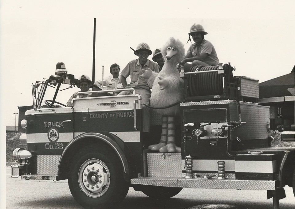1980's photo of Truck Company 22 with Big Bird.