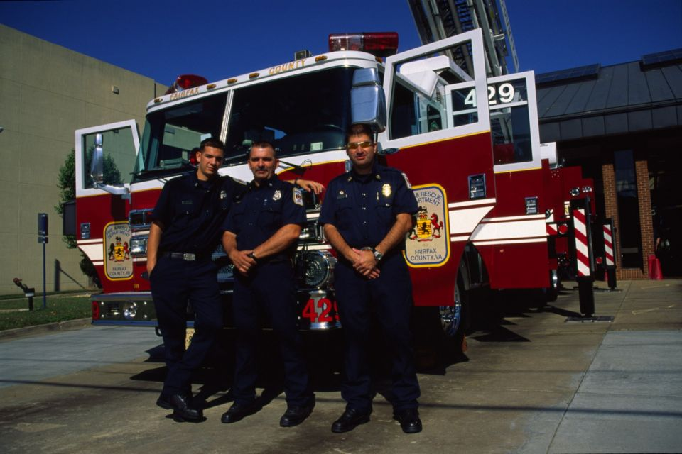 T429 with Lt Barrera, Tech Webb and FF Neach. October 2007