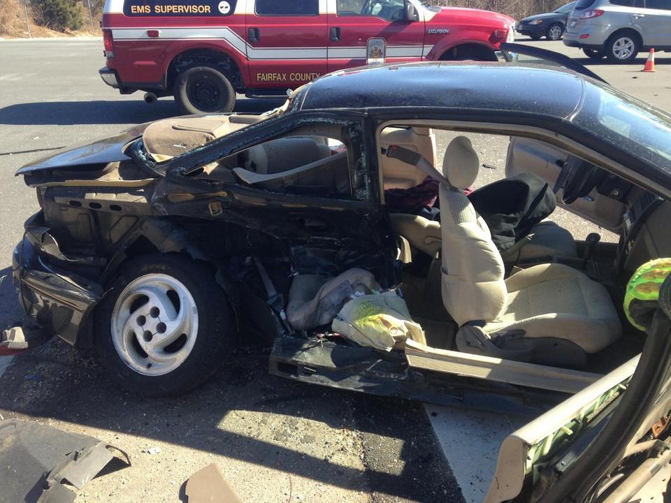E31, M31, M25, EMS1.  2-24-14 Reston Pkwy/Lawyers Rd.  2 vehicle T-Bone.