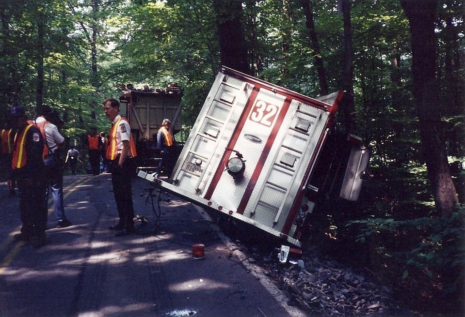 Engine 32 crash - 1987