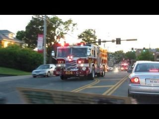 Fairfax County Engine 404 and Medic 404 Responding